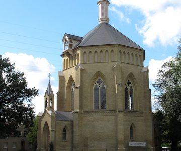 Alte_Neuendorfer_Kirche_Potsdam-Absch.jpg