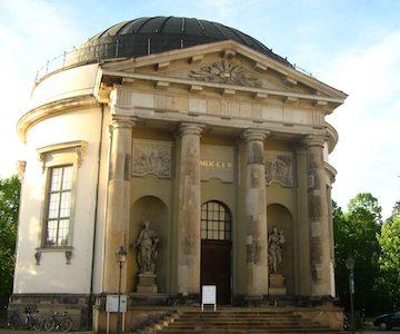 Französische_Kirche_Potsdam_16-05-2010_035_400x300.jpg